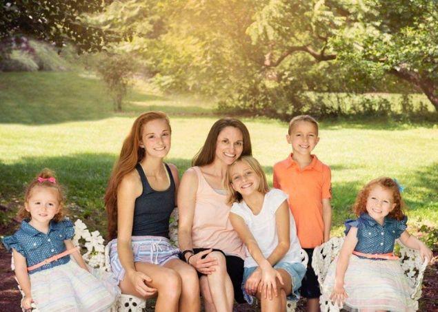 Adrienne & the 5 Kiddos!